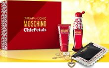Moschino Chic Petals EDT 50 ml W + Body Lotion 50 ml + peněženka